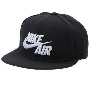 Nike Air SnapBack Hat NWT